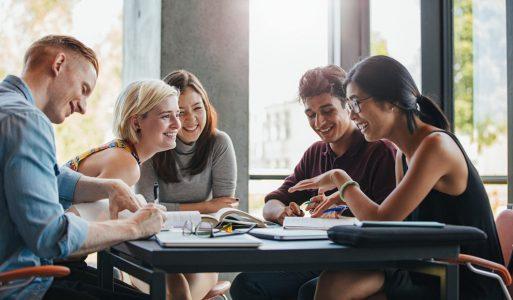 Zašto je škola stranih jezika bolja od samostalnog učenja?